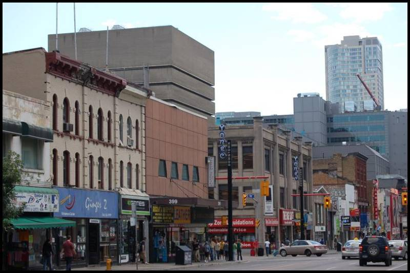 Самая длинная улица в Мире Янг стрит (Торонто) by Magon