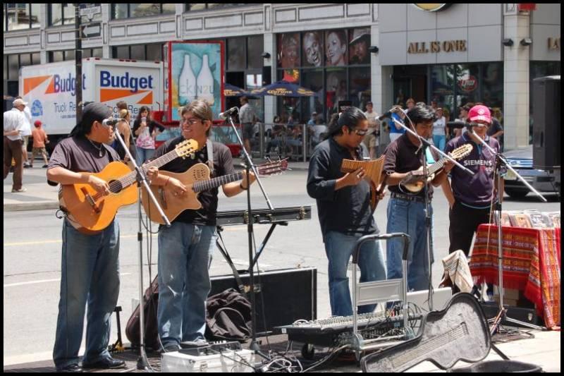 Уличные музыканты Торонто by Magon